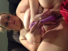 sexy wife has sport camming