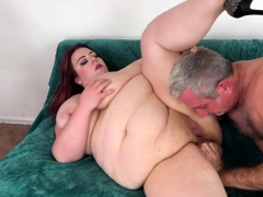 Fat Girl Takes Cock in Pussy..