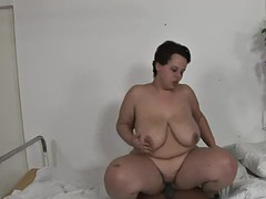 bbw gets a heavy sulky cock