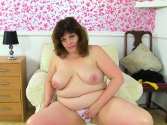 English milf Sabrina lets..