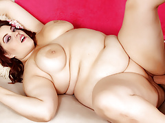 Luscious BBW Plump Bella..