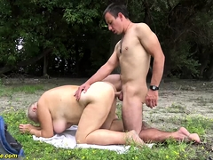 chubby mom outdoor fucked by..