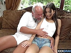Dirty grandpa fucking a..