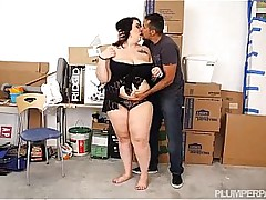 Brunette SSBBW fucked at the..