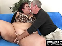 SSBBW Mia Riley Mounts a Cock