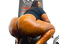 Thick Tall Ebony Bbw Skin..