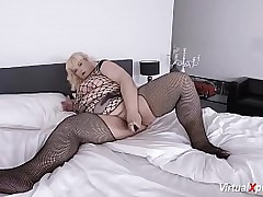 blonde mature BBW in sexy..