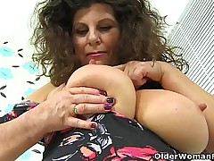 Big titted milf Gilly..