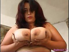 Nasty big breasts babe squiz