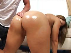 Chubby Teen With Perfect Ass