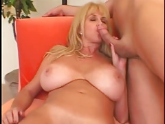 BIG TITTED MILF : PENNY..