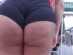 REDHEAD WITH DIMPLELY BOOTY