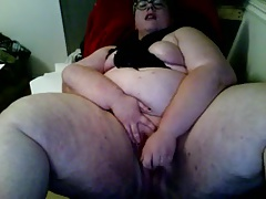 Gorgeous short haired BBW..