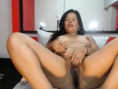 Curvy Webcam Latina..