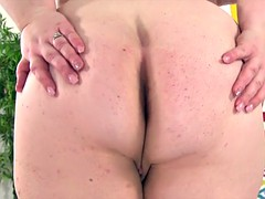 Chubby Holly Jayde plays..