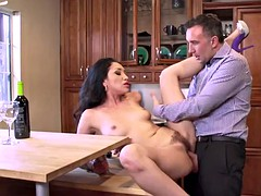 Brazzers - Vicki Chase -..
