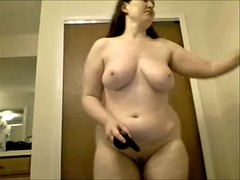Sexy chubby chick cums with..
