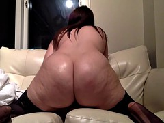 Chubby sexy brunette rides..