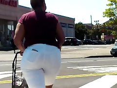 Thick Wide Ass Dominican Lady
