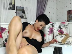 Hot Naughty Shaved Camwhore..