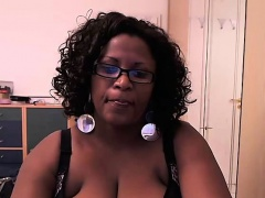 Ebony amateur huge boobs..